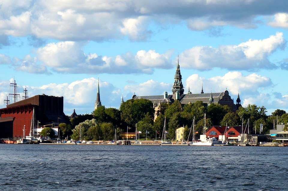 ...on the same island you can find the pretty impressive vasa museum and the nordic museum which you can see in the back on this picture...