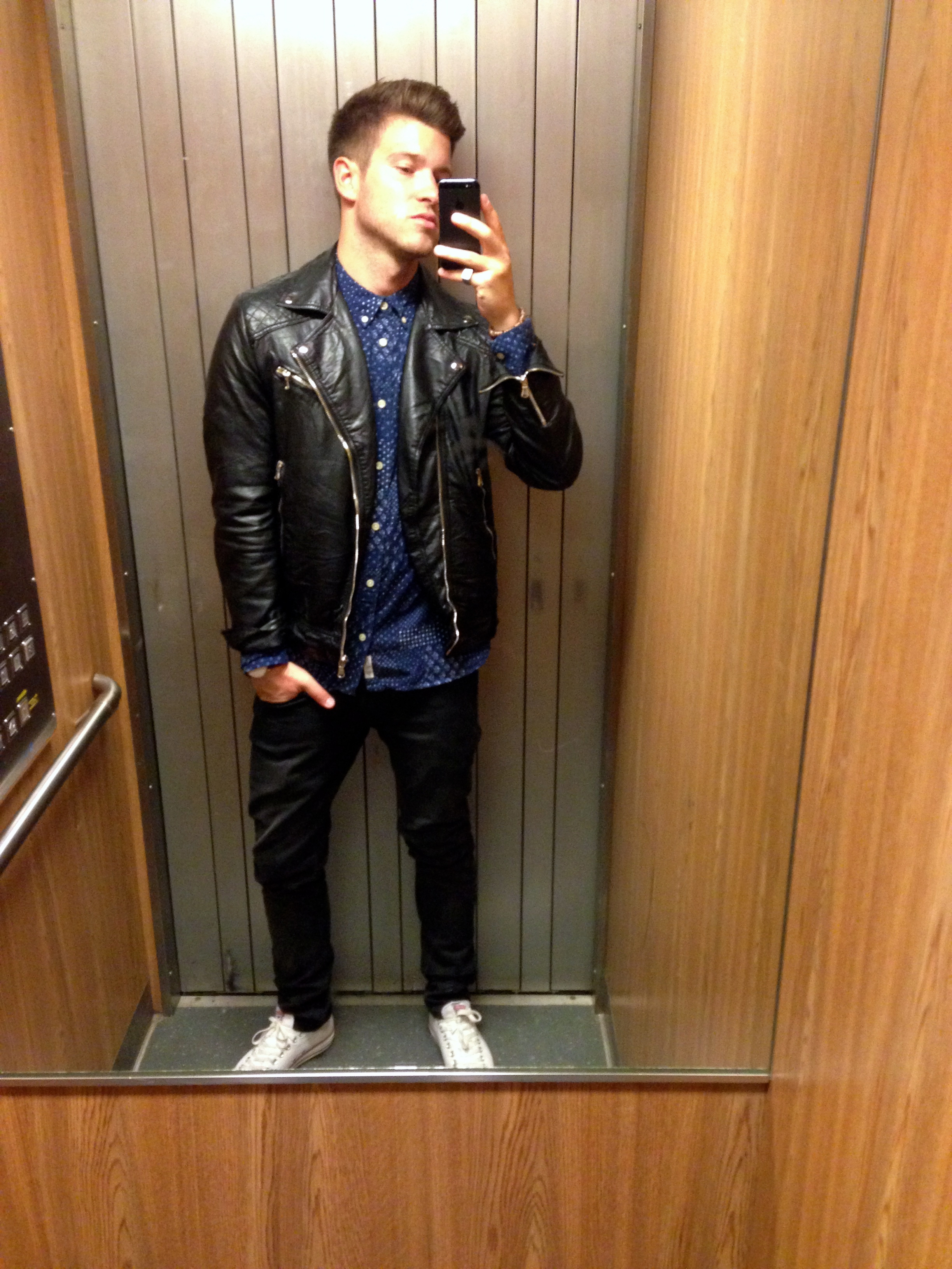 leather jacket for chilly late summer evenings - awesome's essentials