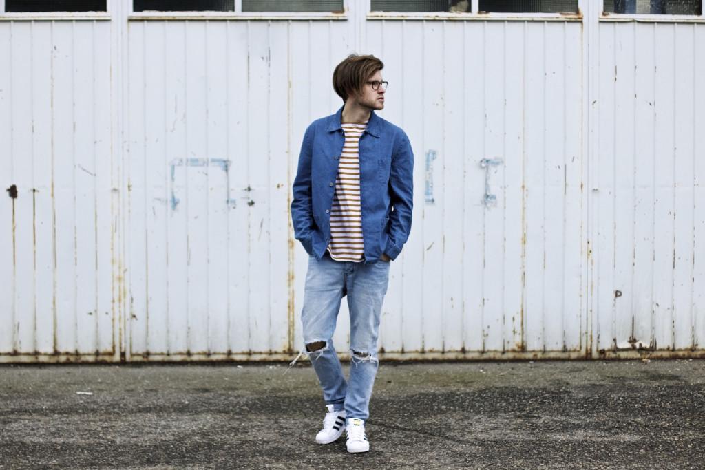 meanwhileinawesometown modeblogger denim and stripes outfitpost herrenmode frühlingstrends 2016 hm neuw denim adidas originals