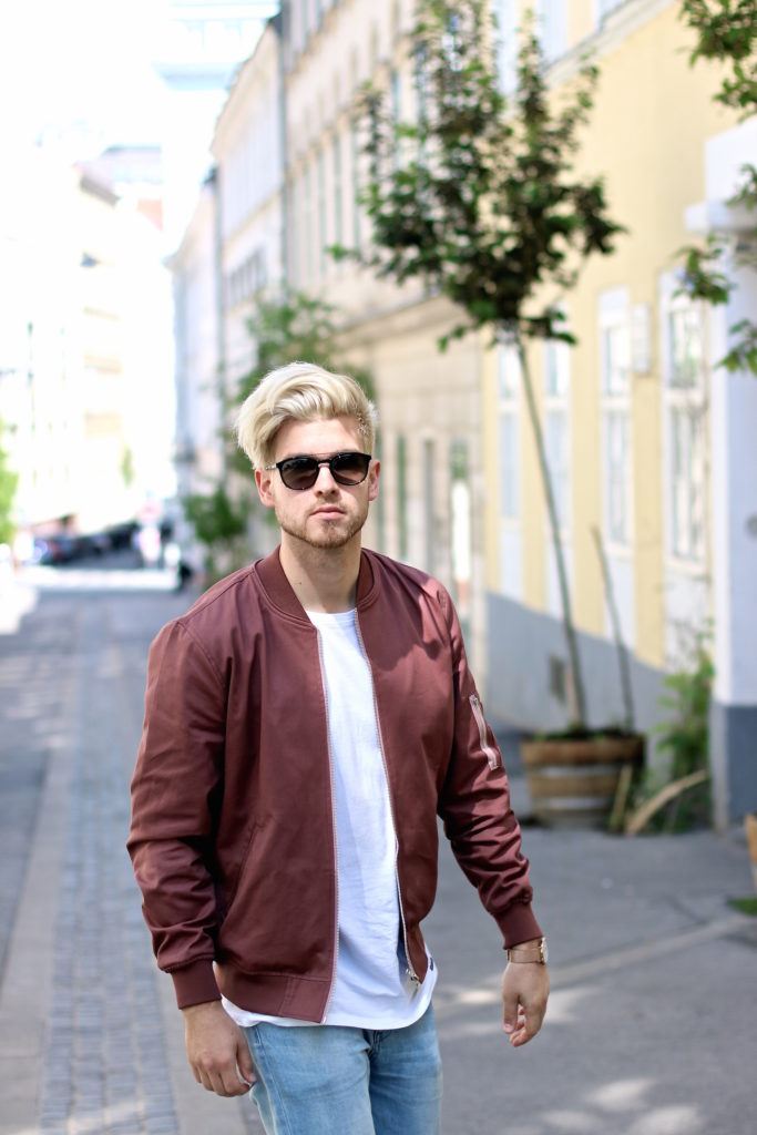 Meanwhileinawesometown Austrian Mens Fashion and Lifestyle Blogger Pink Bomber Jacket Nude Sneakers Asos Neuw Denim Son of a Tailor Tods Sunglasses_3