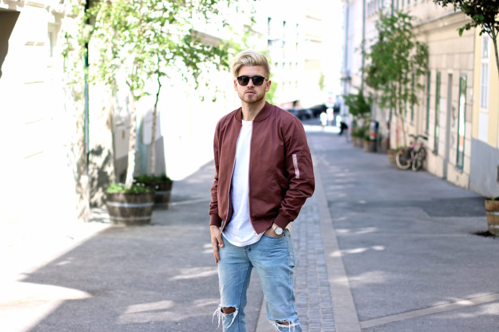Meanwhileinawesometown Austrian Mens Fashion and Lifestyle Blogger Pink Bomber Jacket Nude Sneakers Asos Neuw Denim Son of a Tailor Tods Sunglasses_6