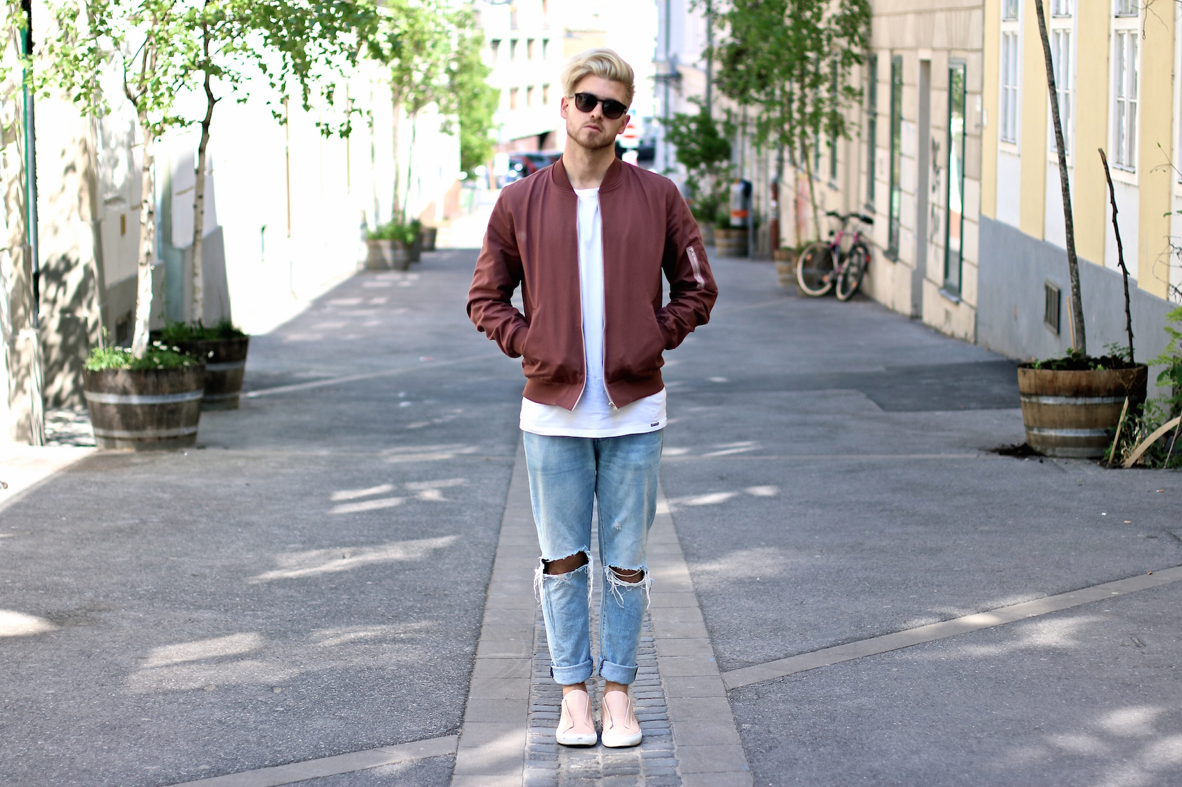 Spring Vibes wearing my Dusty Pink Bomber Jacket & Ripped Jeans
