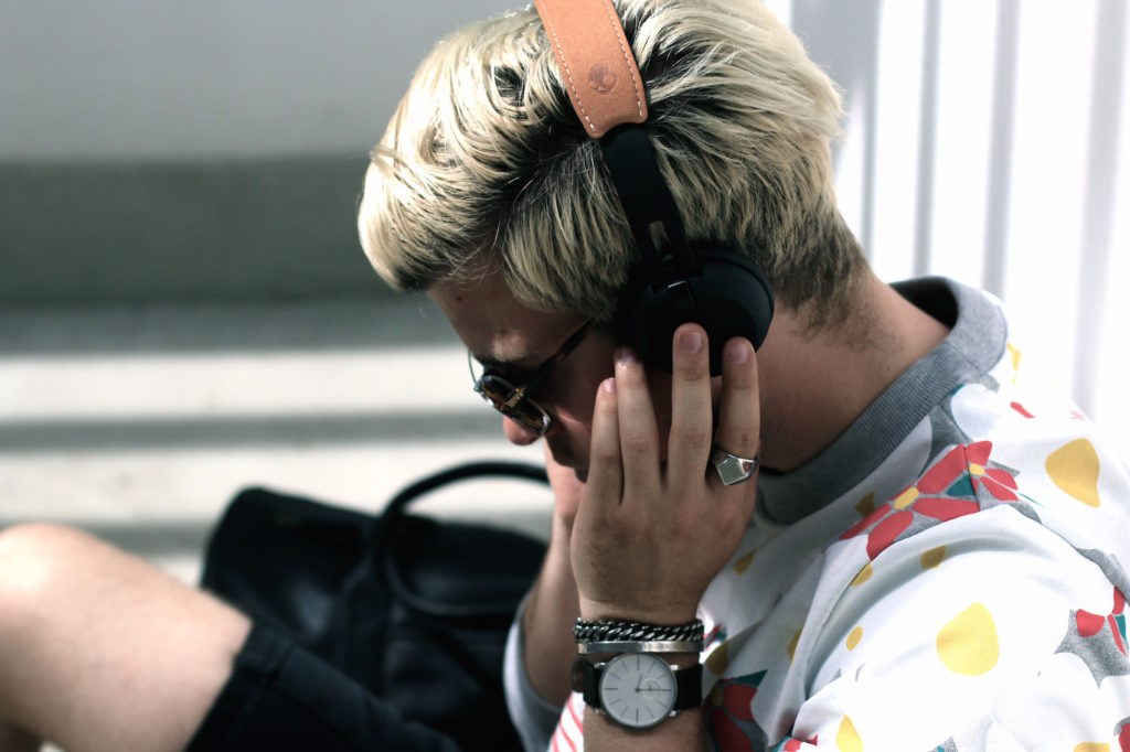 Meanwhile in Awesometown Austrian Mens Fashion and LIfestyle Blogger Headphones Five Things To Keep In Mind When Buying_6
