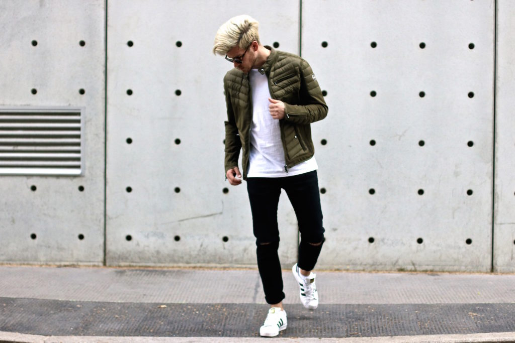 meanwhile in awesometown mens fashion and lifestyle blogger menswear outfit colmar summer down jacket only and sons jeans asket t-shirt ace and tate clip sunglasses