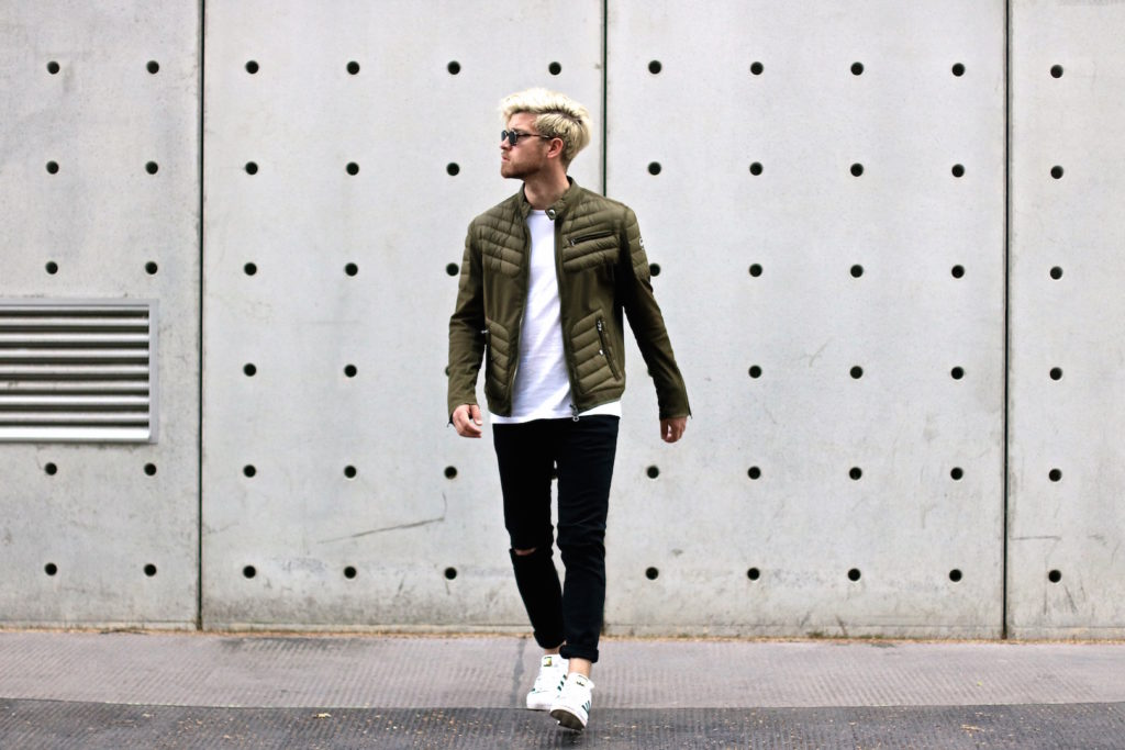 meanwhile in awesometown mens fashion and lifestyle blogger menswear outfit colmar summer down jacket only and sons jeans asket t-shirt ace and tate clip sunglasses_1