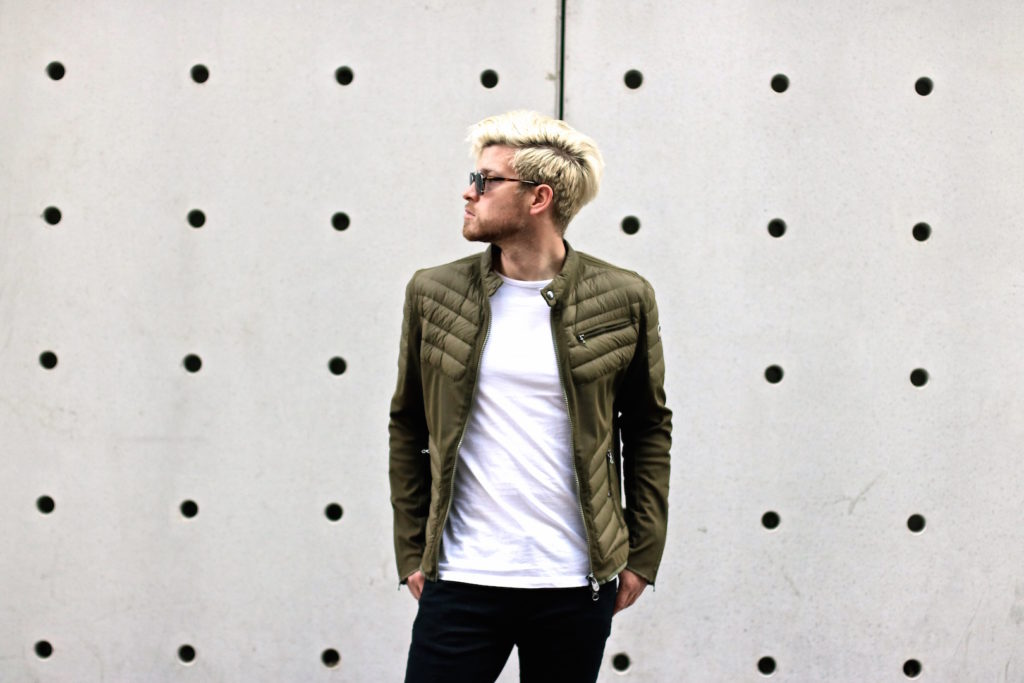 meanwhile in awesometown mens fashion and lifestyle blogger menswear outfit colmar summer down jacket only and sons jeans asket t-shirt ace and tate clip sunglasses_2