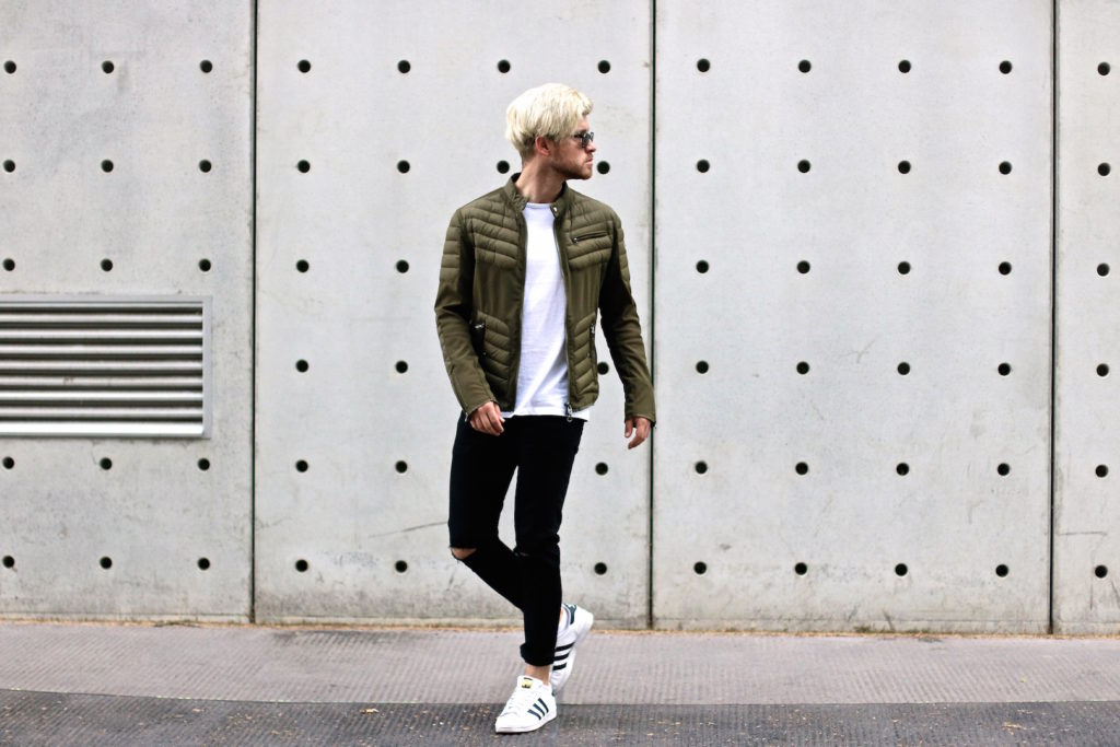 meanwhile in awesometown mens fashion and lifestyle blogger menswear outfit colmar summer down jacket only and sons jeans asket t-shirt ace and tate clip sunglasses_3