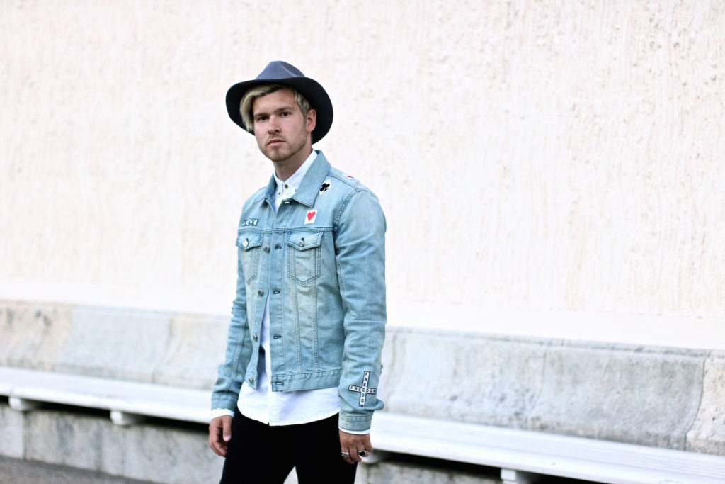 meanwhileinawesometown austrian mens fashion and lifestyle blogger only and sons ripped jeans shirt blk dnm denim jacket outfit_8