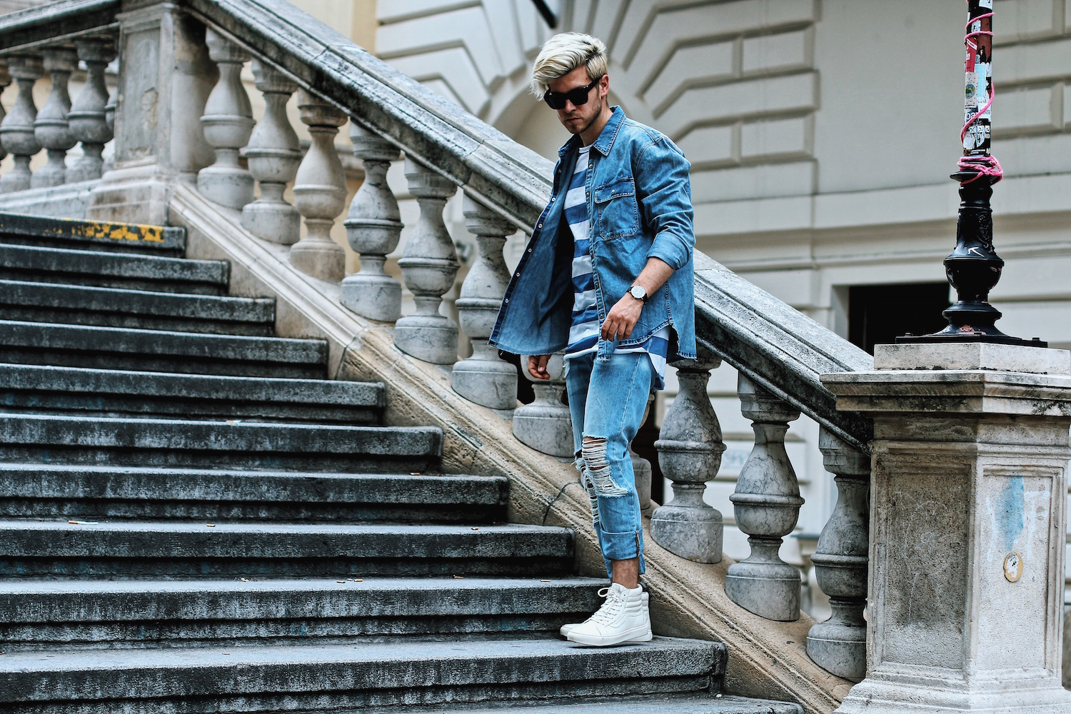 Outfit H&M Denim on Denim Look Ripped Jeans Denim Shirt Striped Tee by Meanwhile in Awesometown Austrian Mensfashion and Lifestyleblogger 5