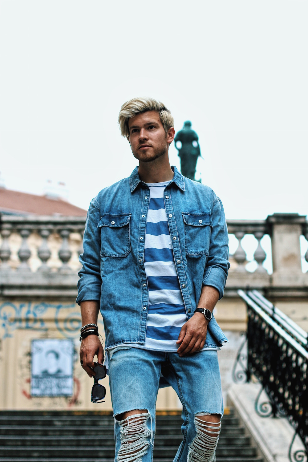 Outfit H&M Denim on Denim Look Ripped Jeans Denim Shirt Striped Tee by Meanwhile in Awesometown Austrian Mensfashion and Lifestyleblogger 7