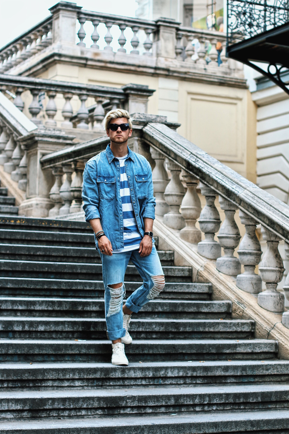 Outfit H&M Denim on Denim Look Ripped Jeans Denim Shirt Striped Tee by Meanwhile in Awesometown Austrian Mensfashion and Lifestyleblogger 8