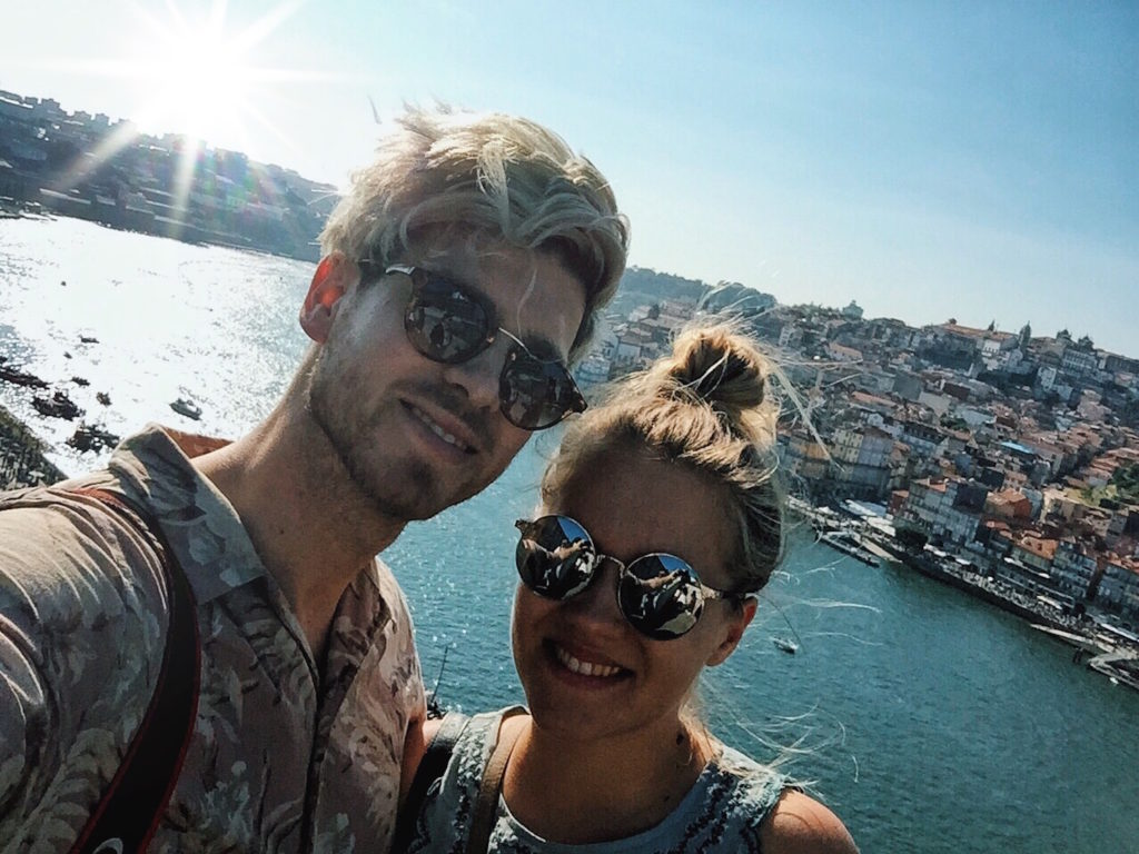 Travel Diary_A Long Weekend In Porto_by Meanwhile in Awesometown_Mens Fashion and Lifestyle Blog from Austria_Couple Selfie