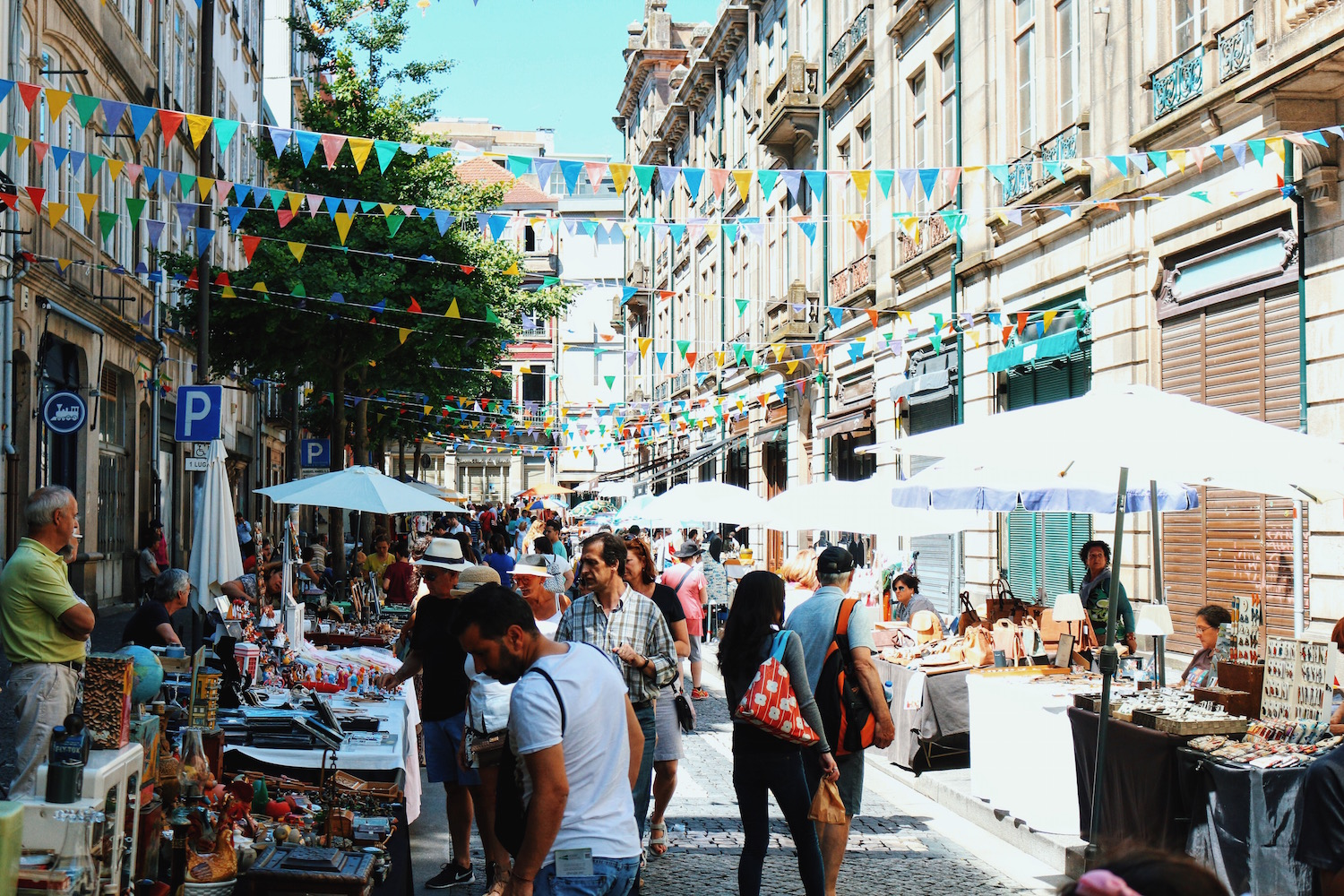 ravel-Diary_A-Long-Weekend-In-Porto_by-Meanwhile-in-Awesometown_Mens-Fashion-and-Lifestyle-Blog-from-Austria_Porto-Street-Markets