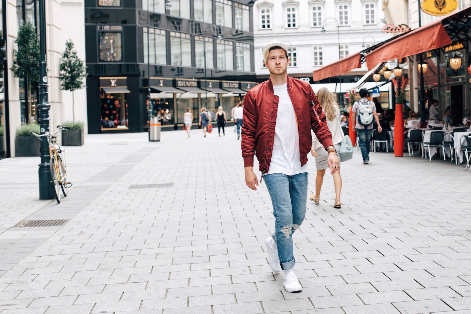 Old School Streetstyle Alpha Industries Bomber Jacket Levis Jeans Austrian Mens Fashion and Lifestyle Blogger Meanwhile in Awesometown