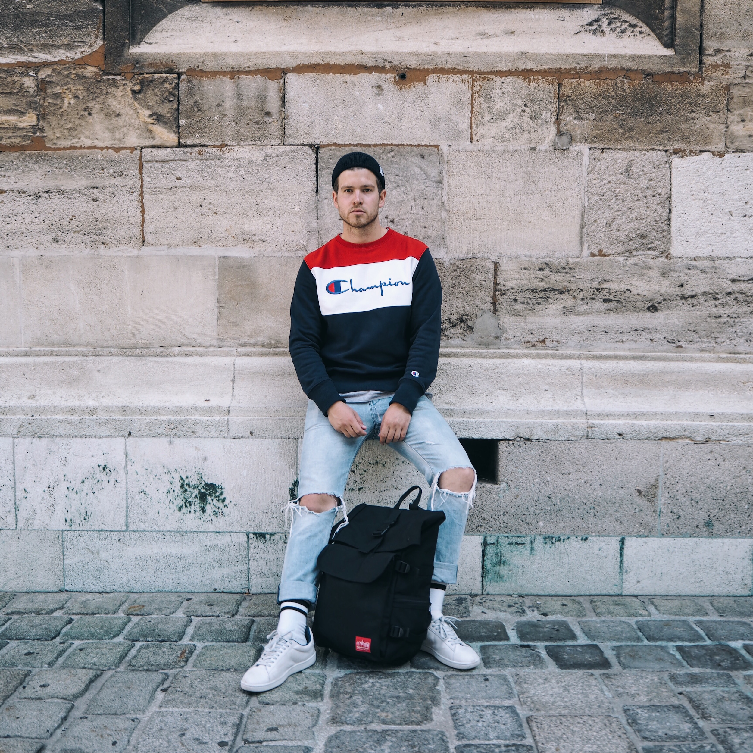 Ripped Jeans Trend: How to Wear Ripped Jeans pics