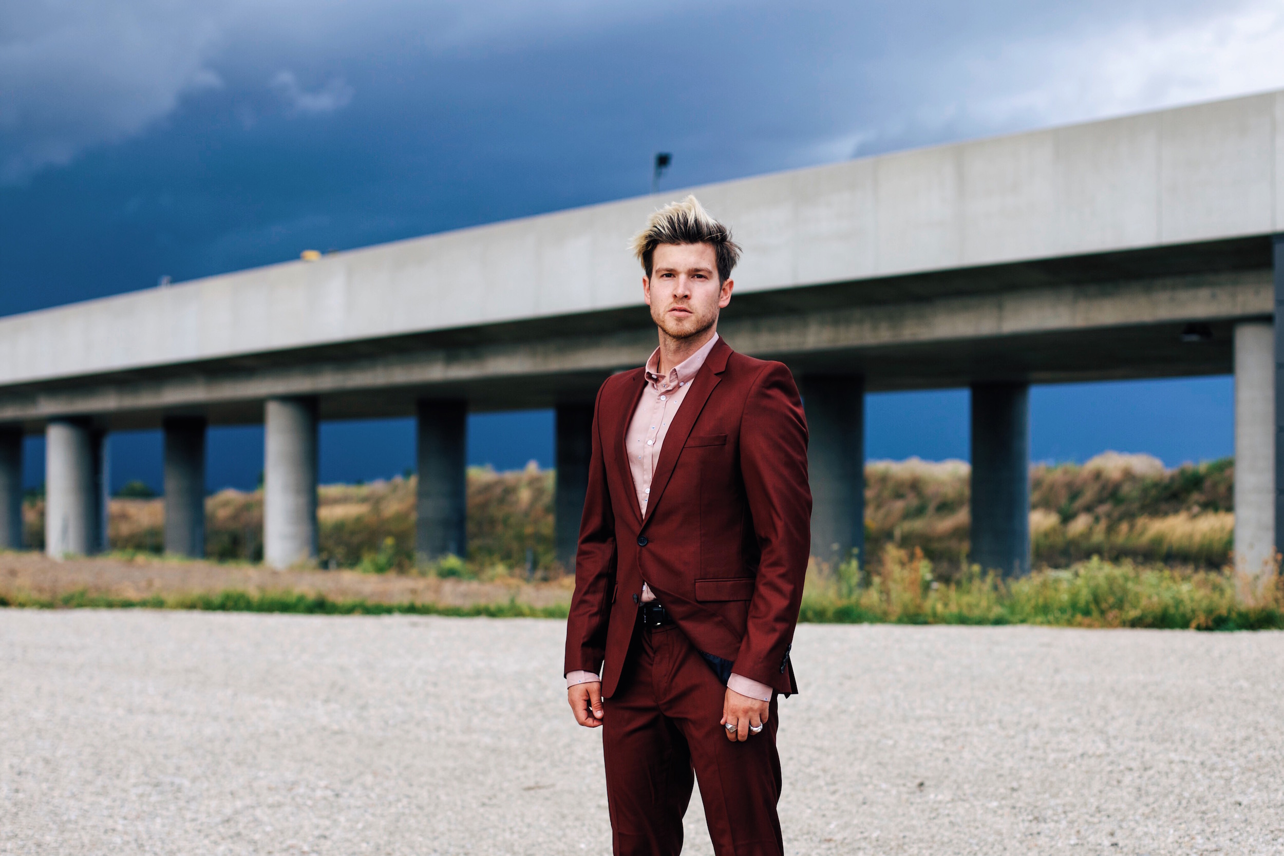 Wine Red Suit by Selected Homme with Zalando_Meanwhile in Awesometown_Austrian Mens Fashion and Style Blogger
