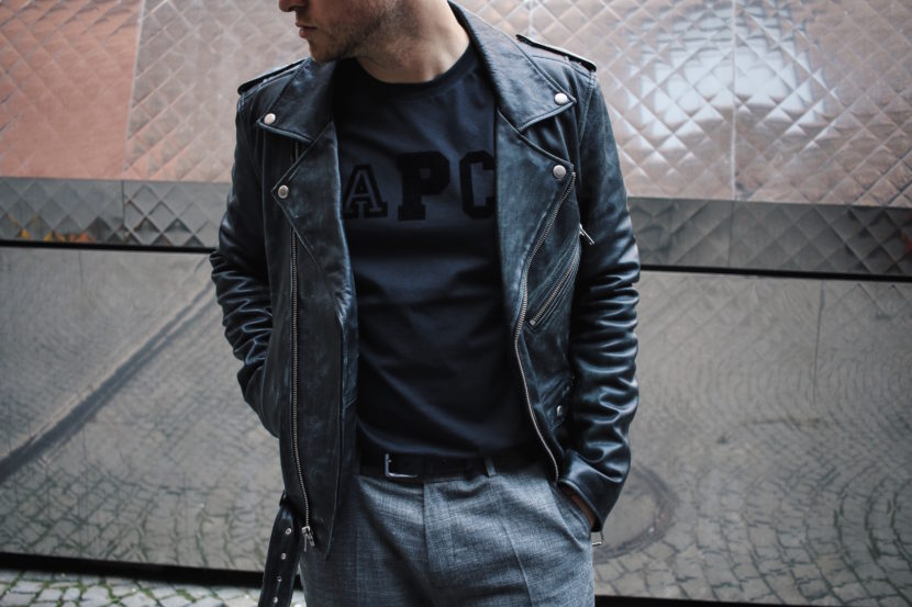 Blk Dnm Leather Jacket Outfit Class with Edge APC Paris T-Shirt Samsoe Samsoe Suit Pants Meanwhile in Awesometown Austrian Mens Fashion Blogger 5