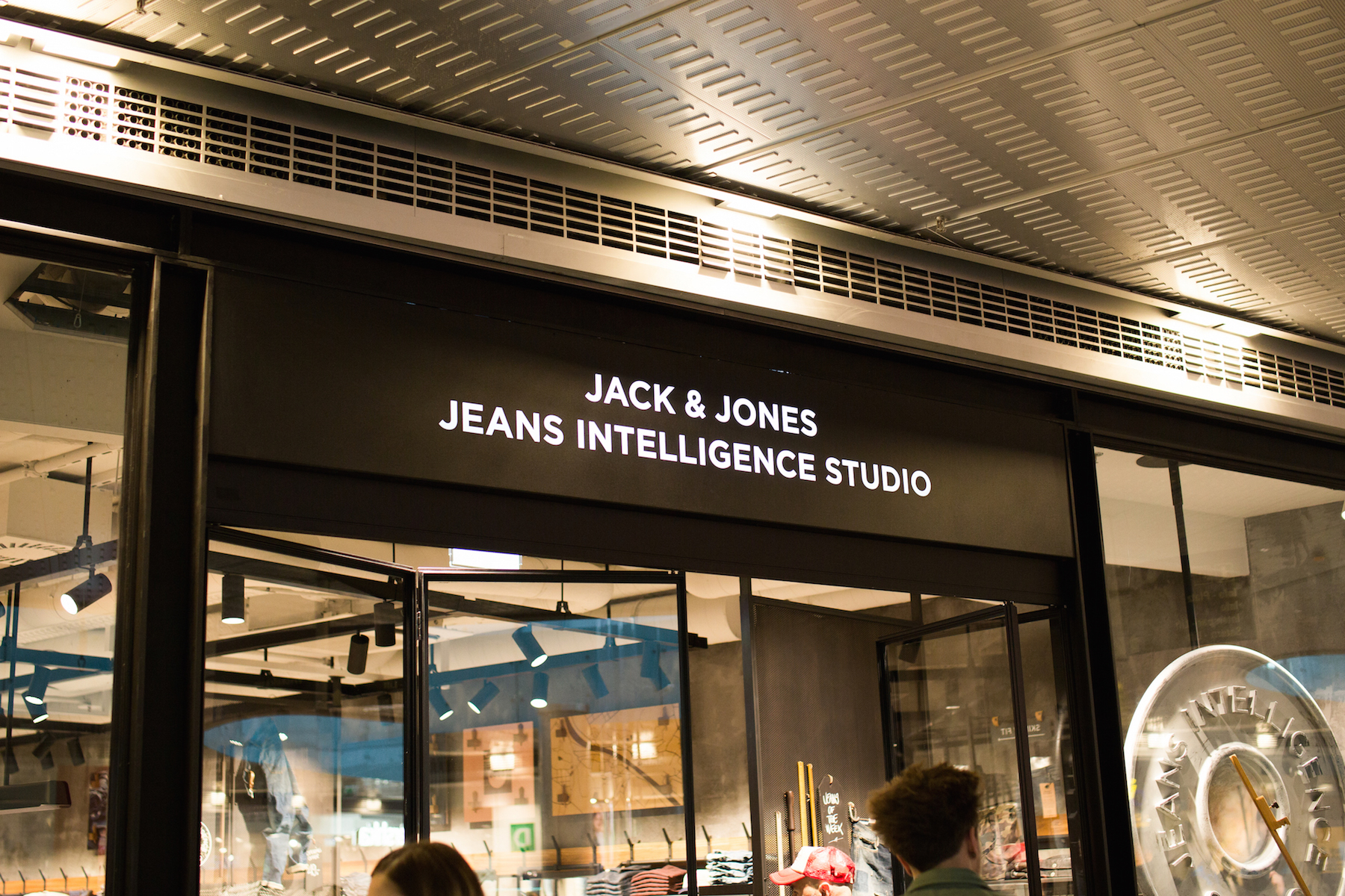 jack-and-jones-jeans-intelligence-studio-salzburg-opening_meanwhile-in-awesometown_austrian-mens-fashion-and-lifestyleblog1