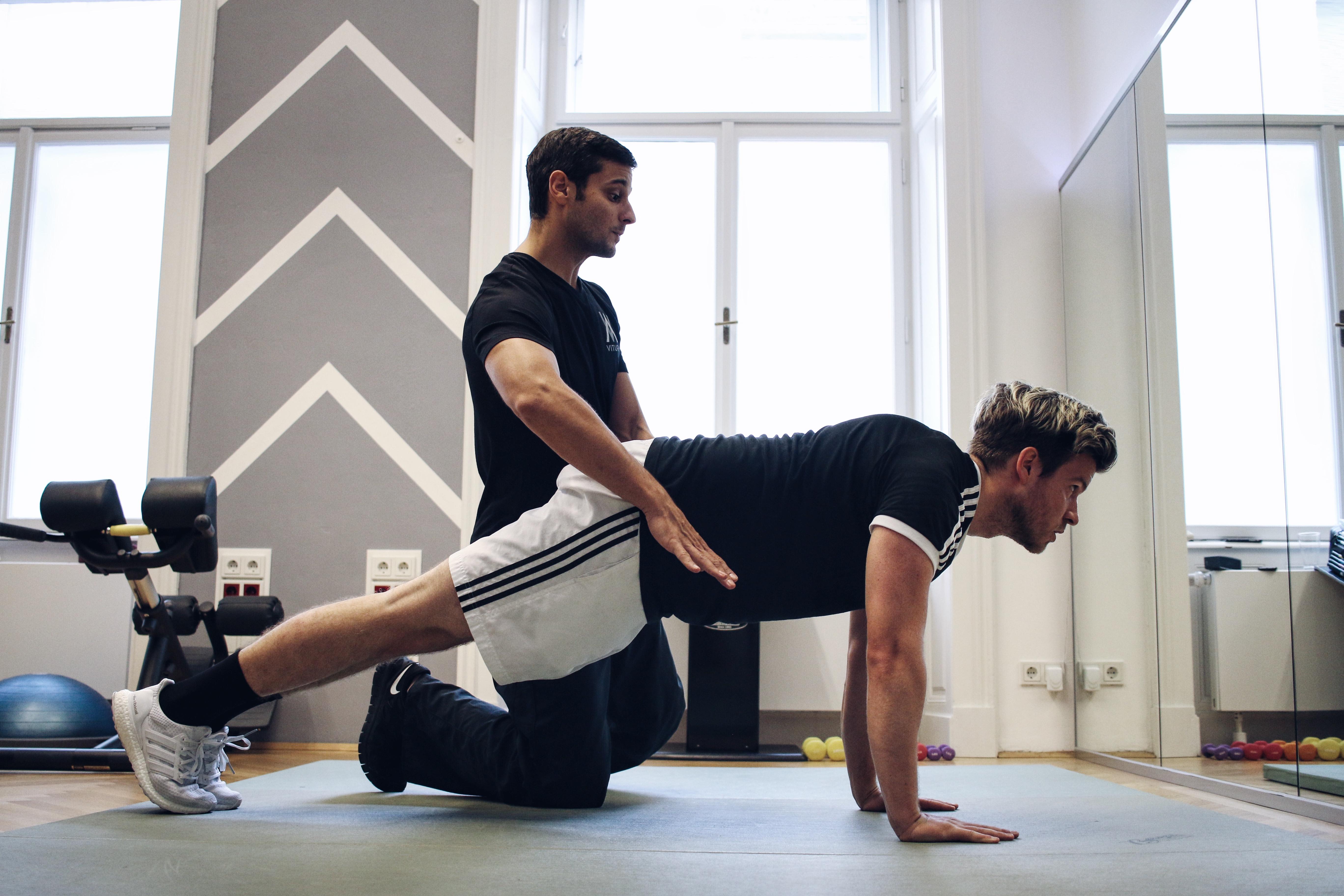 Personal Training mit Vitura_Fitness Update_Körpergewichttraining_Outdoor Workouts_Meanwhile in Awesometown_Mode und Lifestyleblogger aus Wien2