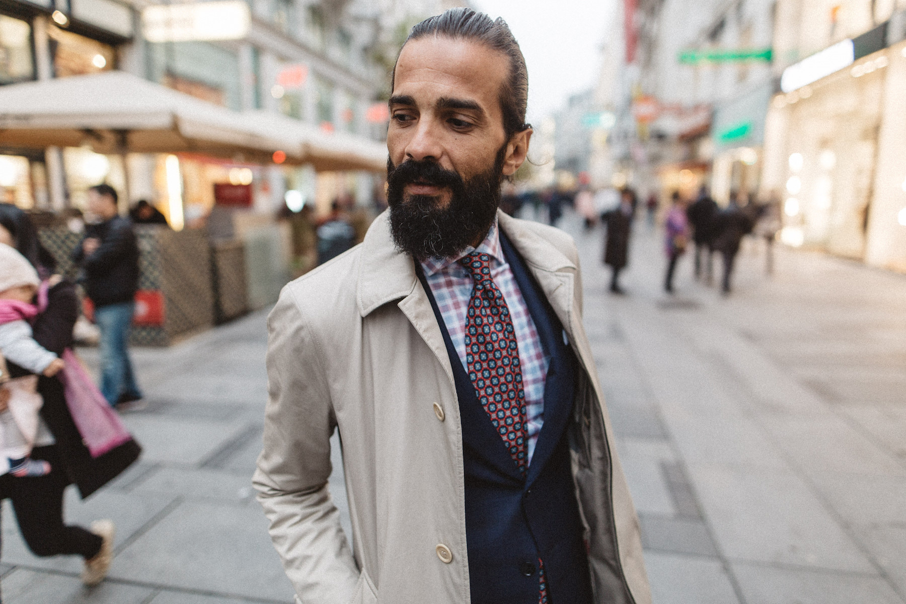 Stylish Beards on the Streets of Vienna with Braun_Wear a beard as an accessory_Meanwhile in Awesometown_Austrian Mens Fashion and Lifestyle Blogger12