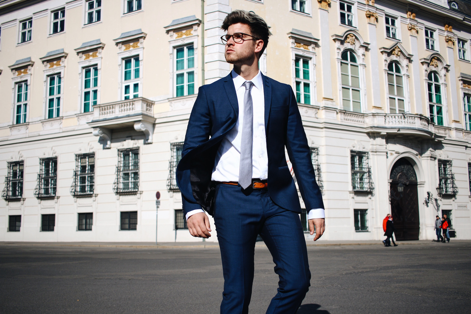 Tiger-Of-Sweden-Suit-Mix-Match_Three-ways-to-wear-a-suit_Meanwhile-in-Awesometown_Austrian-Mens-Fashion-and-Lifestyle-Blogger15
