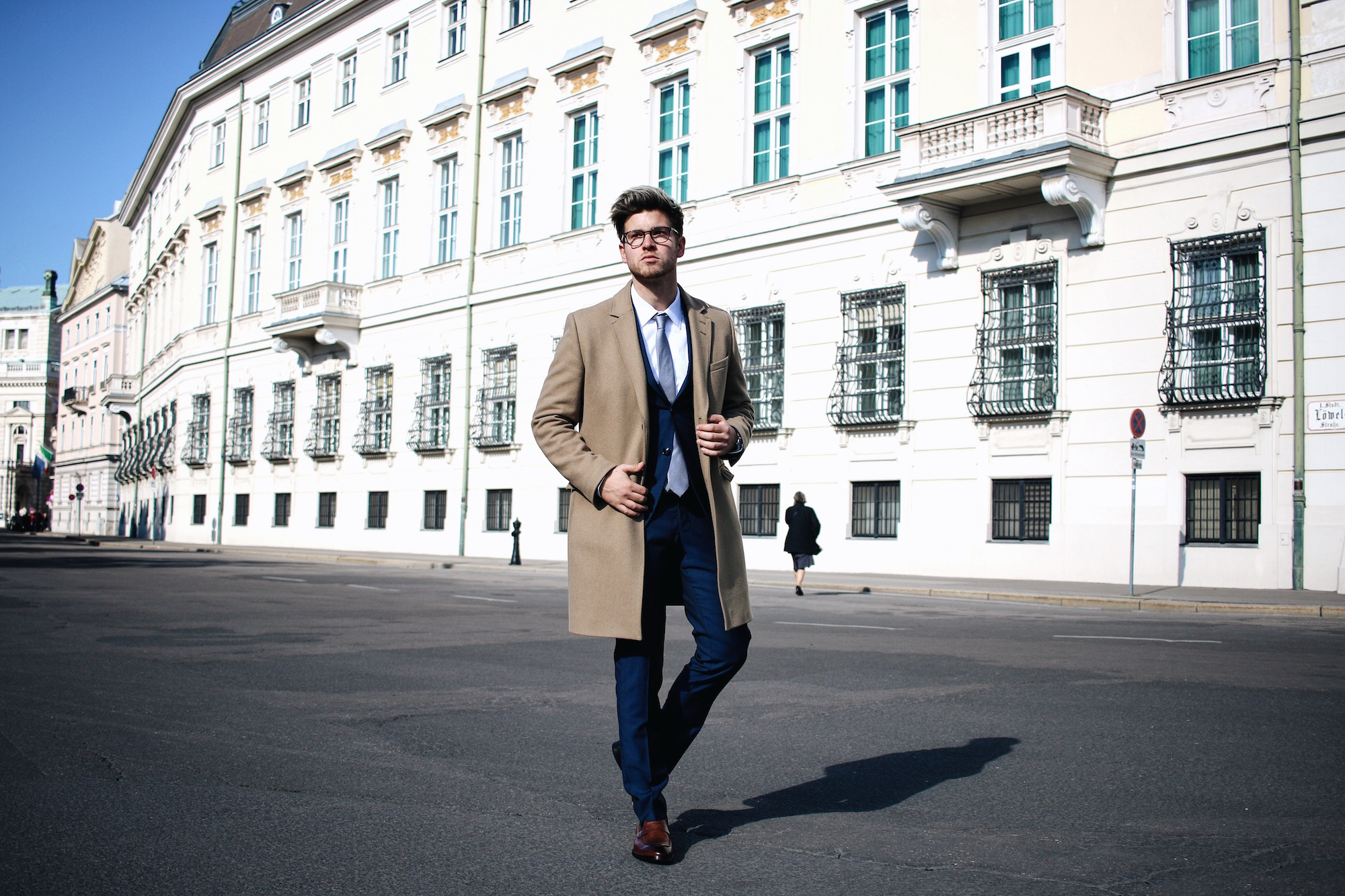 Tiger-Of-Sweden-Suit-Mix-Match_Three-ways-to-wear-a-suit_Meanwhile-in-Awesometown_Austrian-Mens-Fashion-and-Lifestyle-Blogger22