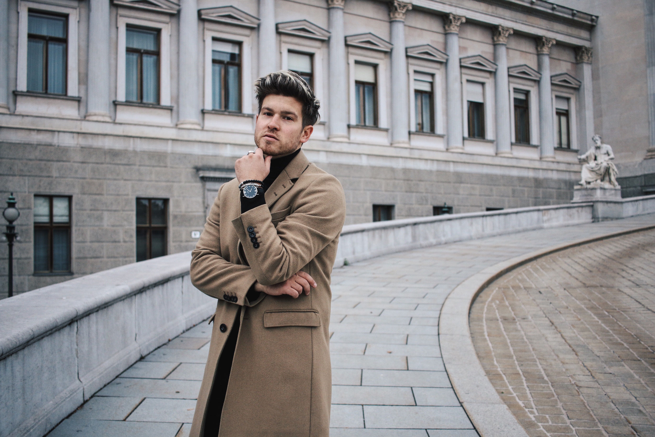Tiger of Sweden Camel Coat_Turtleneck Sweater_All Black_VOR Shoes_Outfit by Meanwhile in Awesometown_Austrian Mens Fashion and Lifestyle Blogger 12