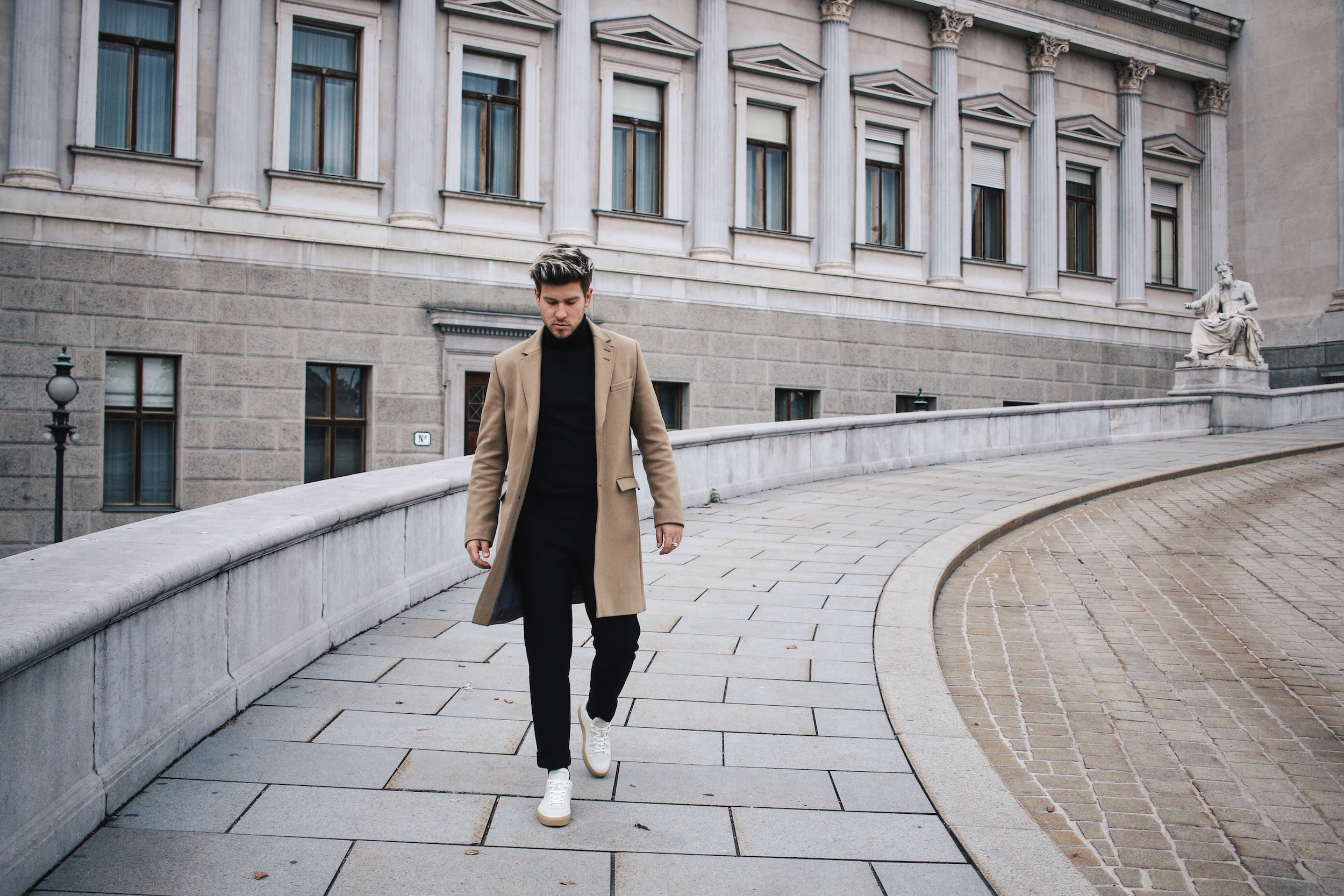 Tiger of Sweden Camel Coat_Turtleneck Sweater_All Black_VOR Shoes_Outfit by Meanwhile in Awesometown_Austrian Mens Fashion and Lifestyle Blogger 13