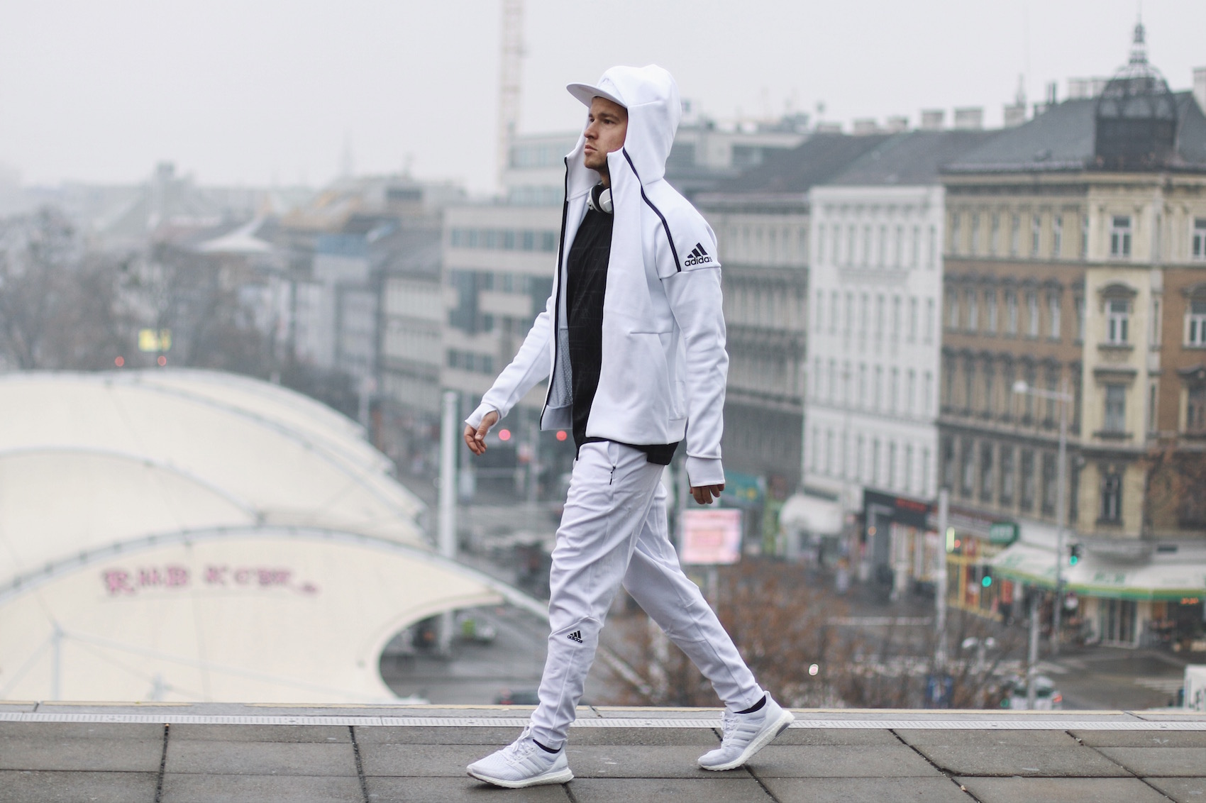 Adidas ZNE Hoodie_Adidas Austria_Meanwhile in Awesometown_Wiener Männerblog Modeblog Männermode Lifestyleblog4