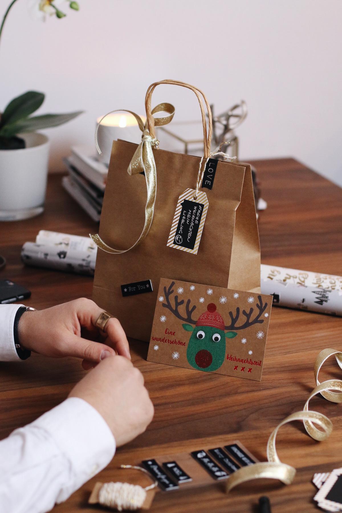 Weihnachtsgeschenke für den Partner finden_Freude Schenken mit dm_dm online shop_Meanwhile in Awesometown_Männerblog_Maleblogger_Modeblogger_Lifestyleblogger3