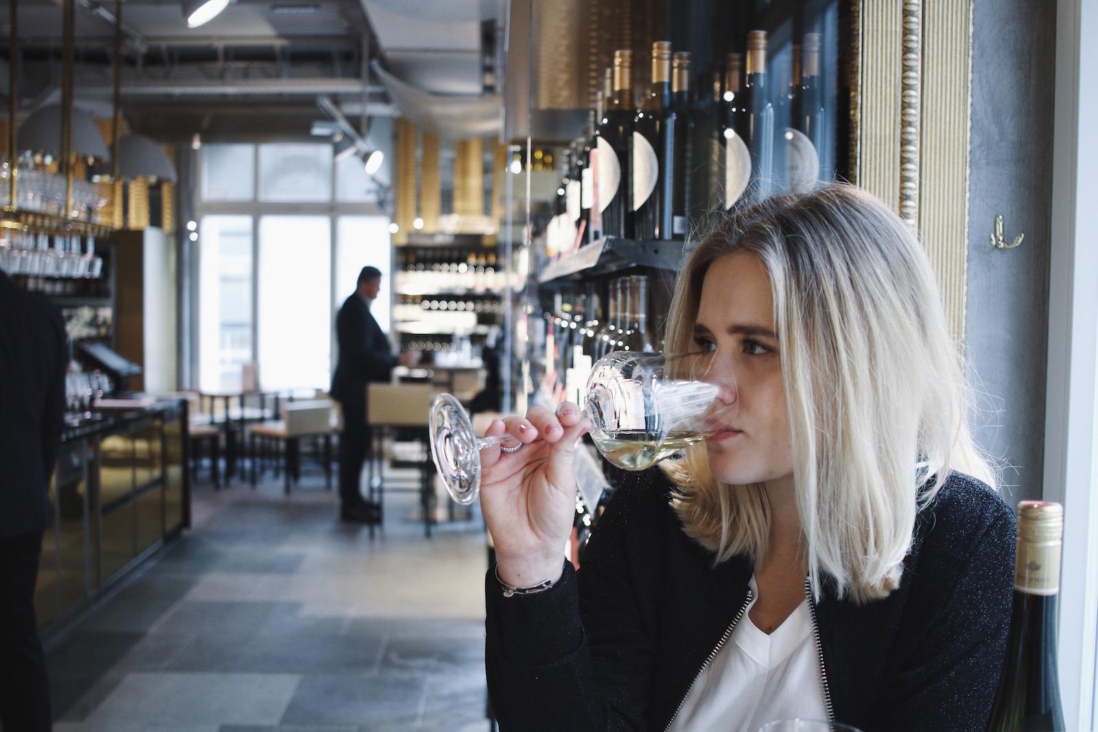 Weinbar im Merkur Hoher Markt_Restauranttest Review Weinverkostung Mittagsmenü_Wien erster Bezirk_Meanwhile in Awesometown_Wiener Männerblog Modeblog Lifestyleblog für Männer15