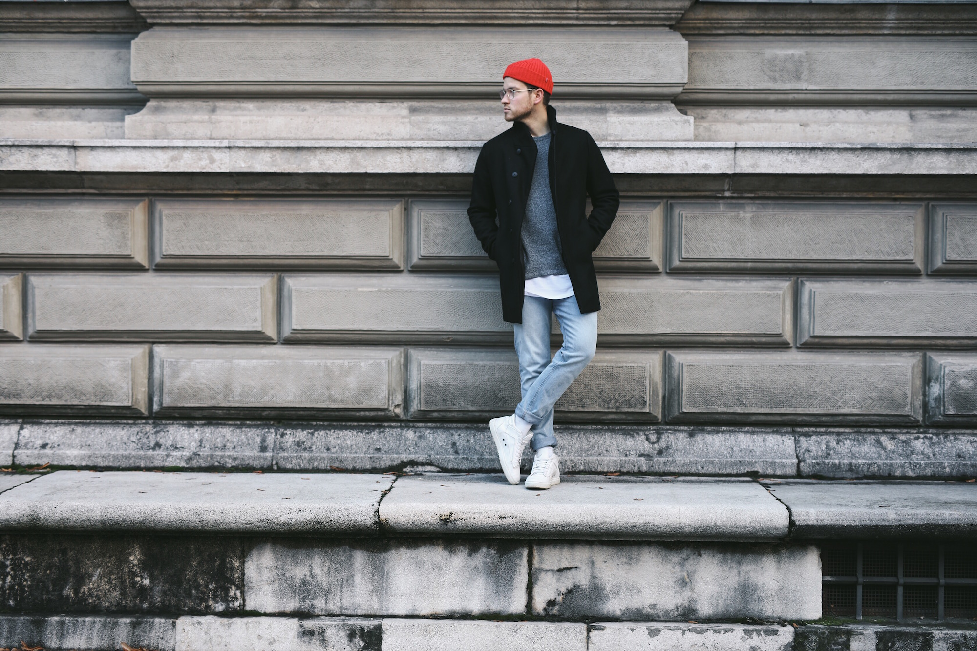 Jack and Jones Premium Mantel_Casual Sundays_Red Beanie_Meanwhile in Awesometown_Austrian Mens Fashion Blogger_Maleblogger_Wiener Blogger_Maennerblog2