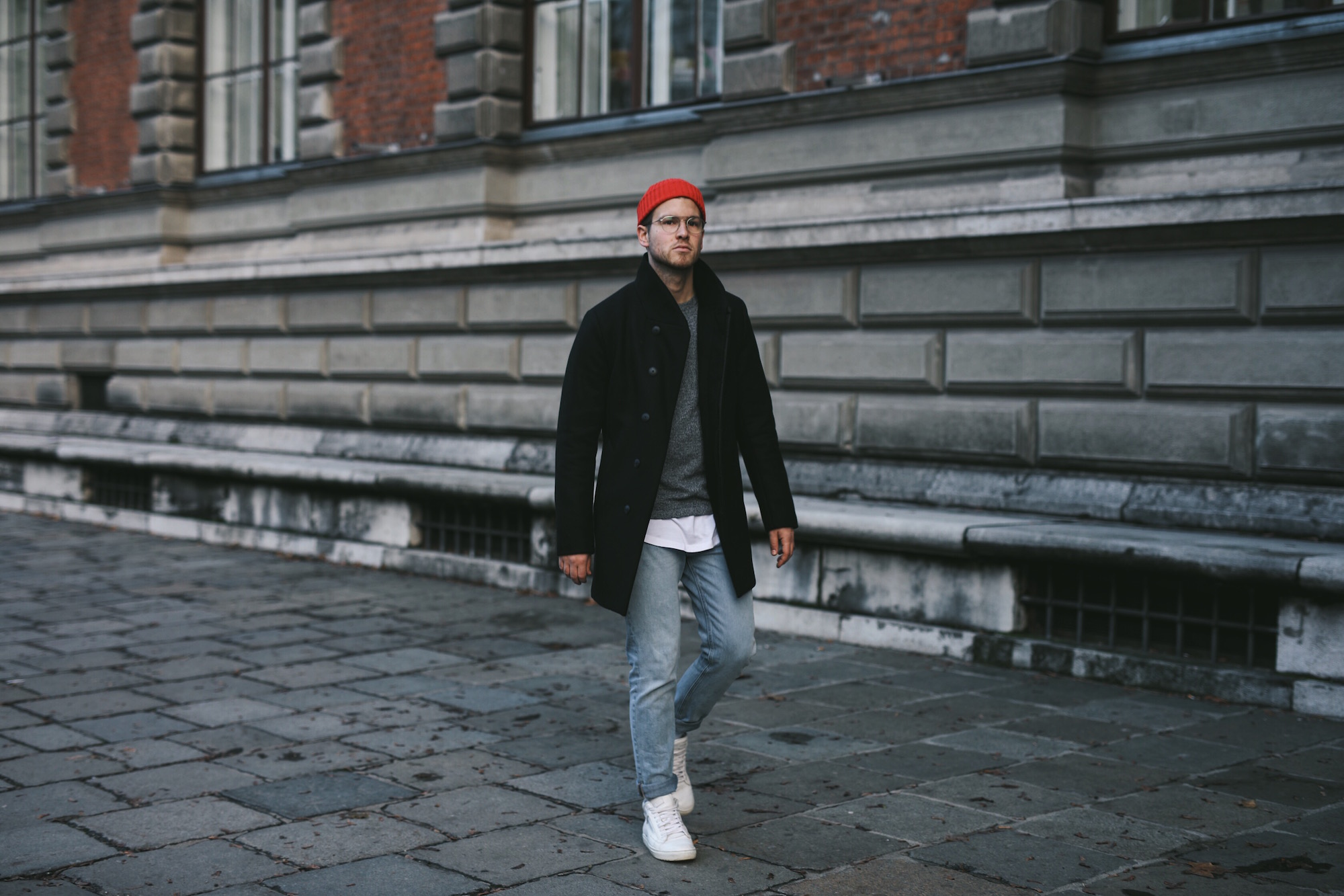 Jack and Jones Premium Mantel_Casual Sundays_Red Beanie_Meanwhile in Awesometown_Austrian Mens Fashion Blogger_Maleblogger_Wiener Blogger_Maennerblog4