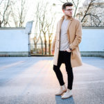 Classy Casual mit Camel Coat und Wildleder Chelsea Boots Meanwhile in Awesometown Mens Fashion Blogger Maleblogger Wiener Blogger